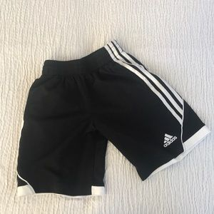 Youth Adidas shorts sz 8